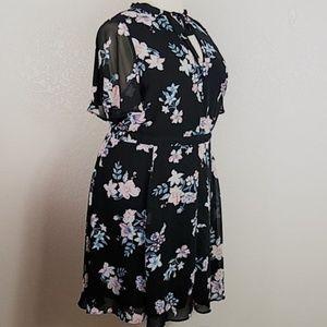torrid Dresses - Torrid Floral Print Chiffon Skater Dress Sz 24